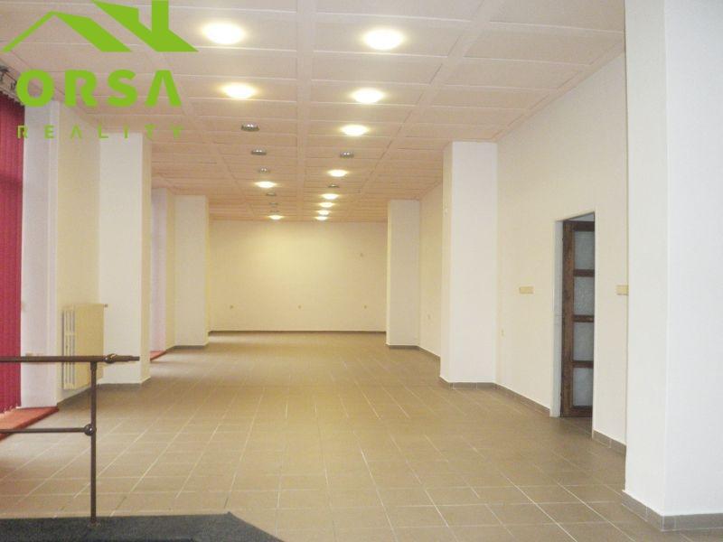Pronájem obchodních prostor 115 m2, ul. Nádražní, Ostrava.