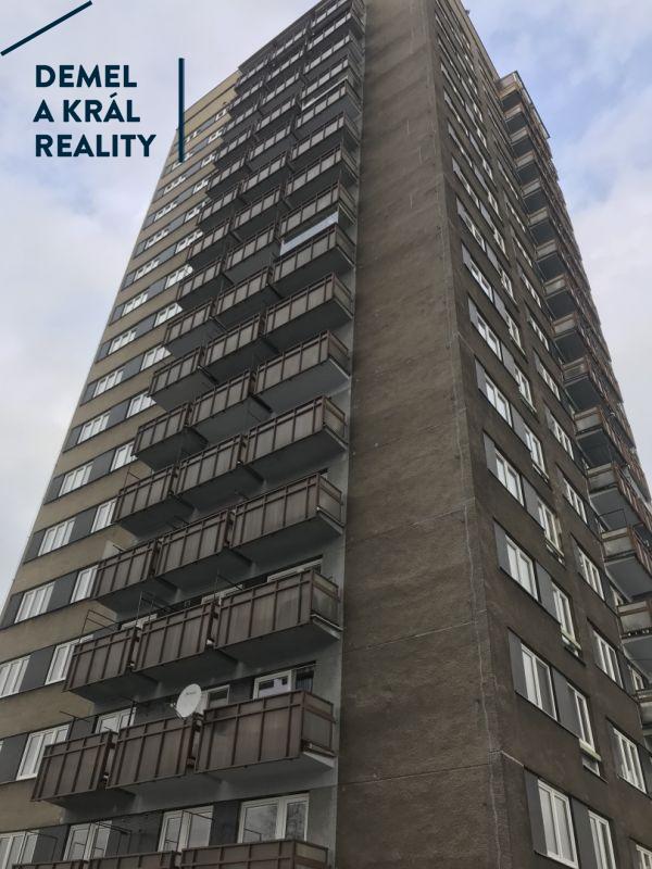 Pronájem bytu 2+1/2xB - 51 m2, ul, Pavlovova.