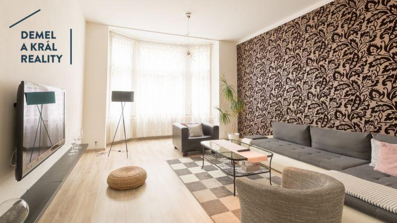 Pronájem bytu 4+1 o výměře 145 m2, ul. Čs. Legií.